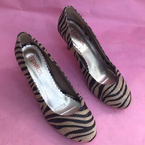 Vintage cream/brown Ifenrol snake skin shoes